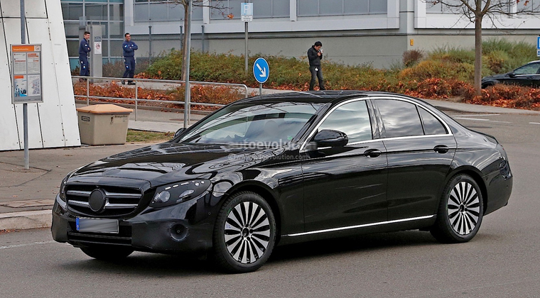 Mercedez E Class (Executive)